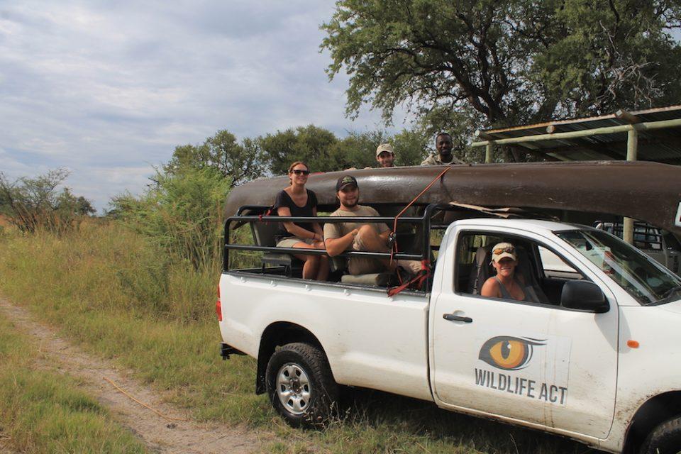 Khwai team vehicle