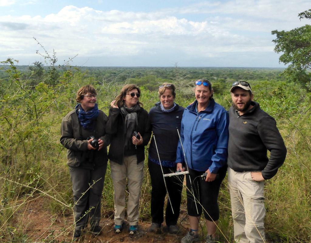 Tembe Volunteer Group